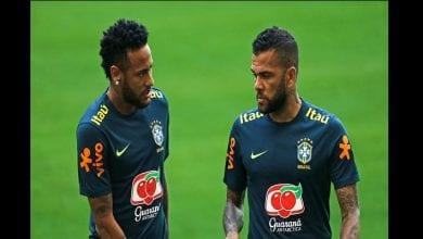 Photo de « Les gens doivent apprendre à respecter Neymar », Dani Alves recadre les critiques du joueur