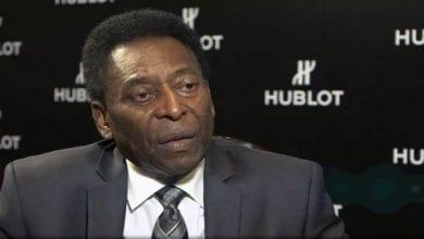 """Photo de Pelé désigne """"le joueur le plus complet»"""