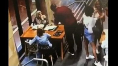 Photo de Australie : une musulmane enceinte frappée violemment dans un café (vidéo)