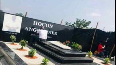 Photo de Visite sur la tombe d'Arafat DJ: les autorités ivoiriennes prennent des mesures fortes