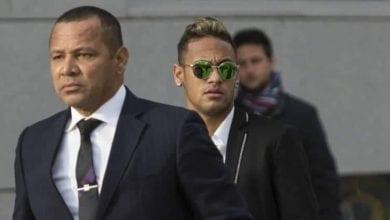 Photo de Départ de Neymar au Barça : Son père rompt enfin le silence