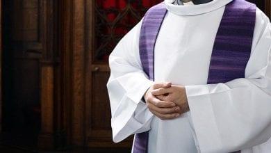 Photo de France: suspension d'un prêtre pour « comportement inapproprié »