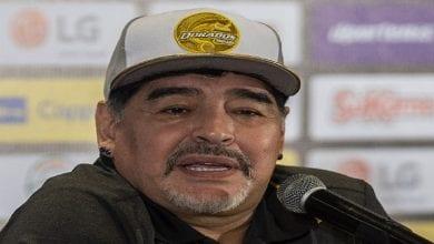 Photo de Maradona désigne le meilleur footballeur de tous les temps plus fort que lui-même, pélé, Messi et Ronaldo