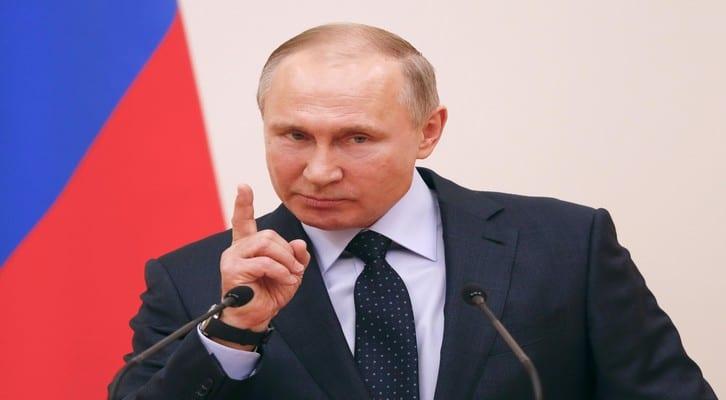 NEWS : Vladimir Poutine avec les Hockeyeurs Russes Jeux Olympiques – Moscou – 31/01/2018