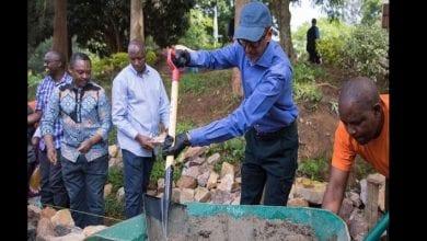 Photo de Rwanda: le président Paul Kagame participe à la journée mensuelle de nettoyage