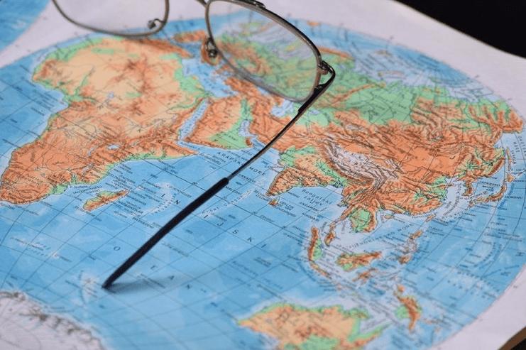 Importations : les relations franco-africaines à la peine