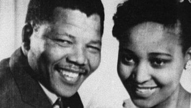 """Photo de """"Je garde espoir"""": Lettre de Nelson Mandela, en prison, à sa femme Winnie"""