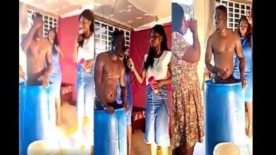 Photo de Ghana : un « pasteur » se lave à l'église et demande aux fidèles de boire l'eau de son bain (vidéo)