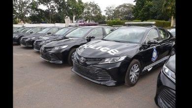 Photo de La Chine offre 100 véhicules de police au Ghana