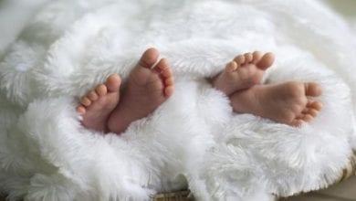 Photo de USA : des jumeaux naissent au cours de deux années et deux décennies différentes.