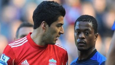 Photo de Liverpool présente des excuses à Patrice Evra 8 ans après après un geste raciste de Luis Suarez