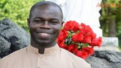 Photo de Réforme du FCFA: un prêtre Sénégalais désavoue Alassane Ouattara