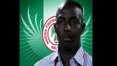 Photo de Un ex entraîneur nigérian quémande de l'argent après avoir été banni à vie par la FIFA