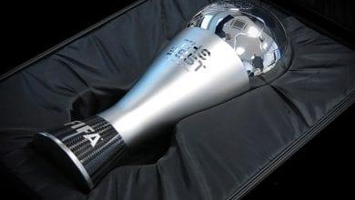 Photo de Une célèbre star se fait voler son trophée FIFA The Best