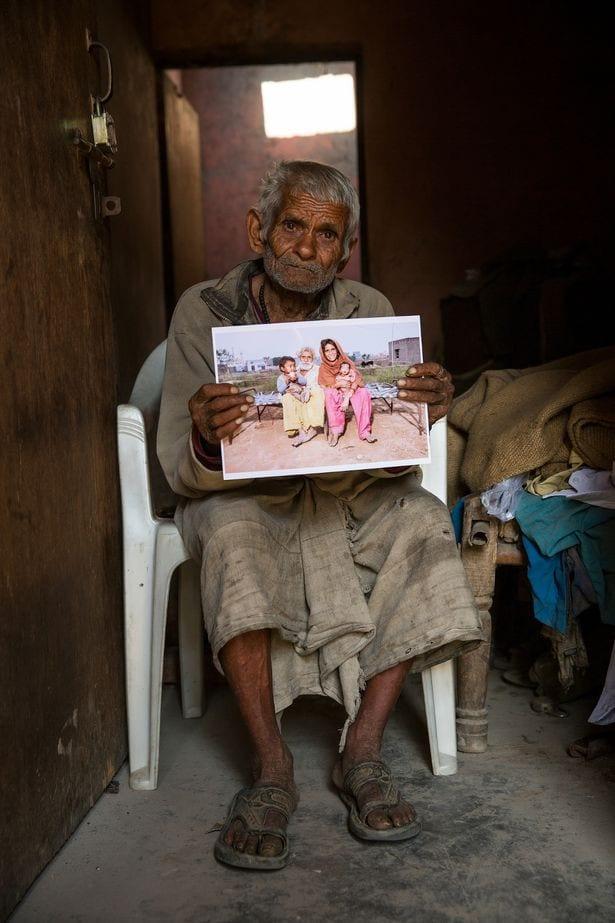 ''Le père le plus âgé du monde'' qui a eu un enfant à 96 ans meurt dans un incendie à 104 ans
