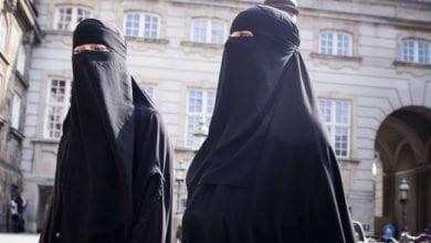 """Photo de Inde: Selon un ministre, tous ceux qui portent le voile sont des """"descendants de démons"""""""