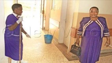 Photo de Ouganda: La ministre de la Santé effectue une visite surprise dans un hôpital…Le constat est désagréable!