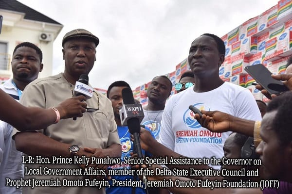 Coronavirus: un prophète nigérian retourne la dîme et les offrandes aux pauvres
