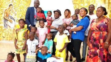 Photo de Côte d'Ivoire/ Covi-19: Gohou Michel fait d'importants dons aux enfants du village SOS d'Abobo