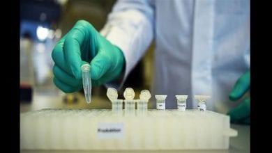 Photo de Coronavirus : des scientifiques britanniques pourraient tester un vaccin au Kenya si les essais « échouent au Royaume-Uni » (vidéo)