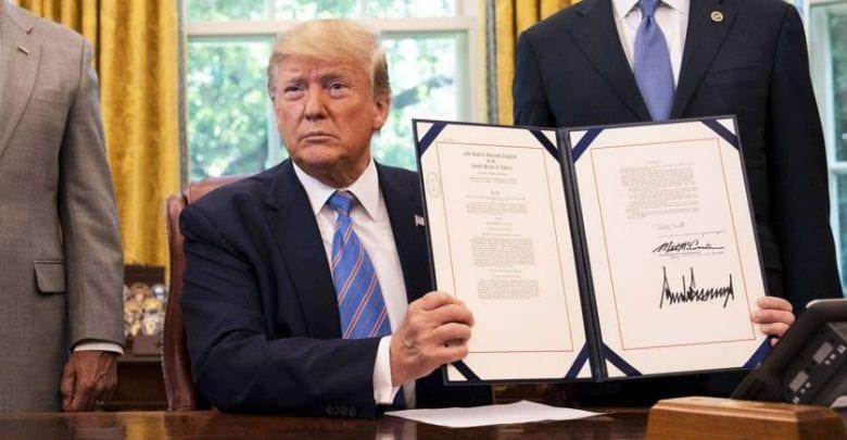 donald_trump_signature_sipa