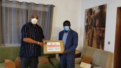 Photo de Côte d'Ivoire: Huawei offre du matériel de prévention contre le covid-19