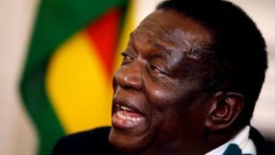 Photo de Zimbabwe : le président Emerson Mnangagwa testé positif au coronavirus (source)