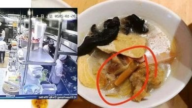 Photo de Chine: Un cuisinier crache dans le plat d'un client dans un restaurant (Vidéo)