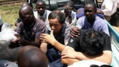 Photo de Zambie : meurtre de trois chinois dans leur usine, les autorités condamnent les exactions  (vidéo)