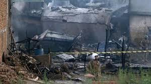 Photo de Crash d'un avion de la compagnie Pakistan international Airlines (PIA),  à Karachi, la capitale du sud du Pakistan