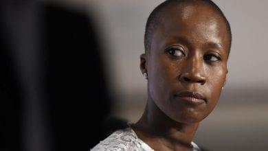 Photo de «Je ne suis pas une criminelle, je suis une mère qui protège son enfant»: le crie de cœur de la chanteuse malienne Rokia Traoré