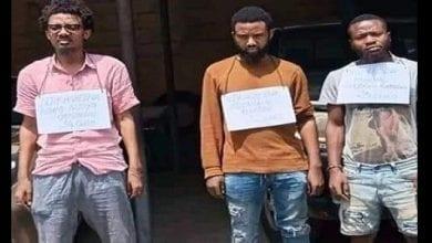 """Photo de Cameroun- cybercriminalité:  les 3 faux """"Samuel Eto'o"""" enfin mis aux arrêts."""