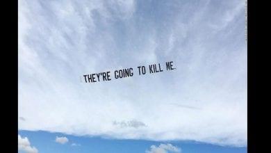 Photo de « Ils vont me tuer » : un artiste fait flotter les derniers mots de George Floyd dans le ciel au-dessus de cinq grandes villes américaines
