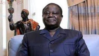 Photo de Côte d'Ivoire/élection: malgré les critiques, Bédié a déposé son dossier de candidature