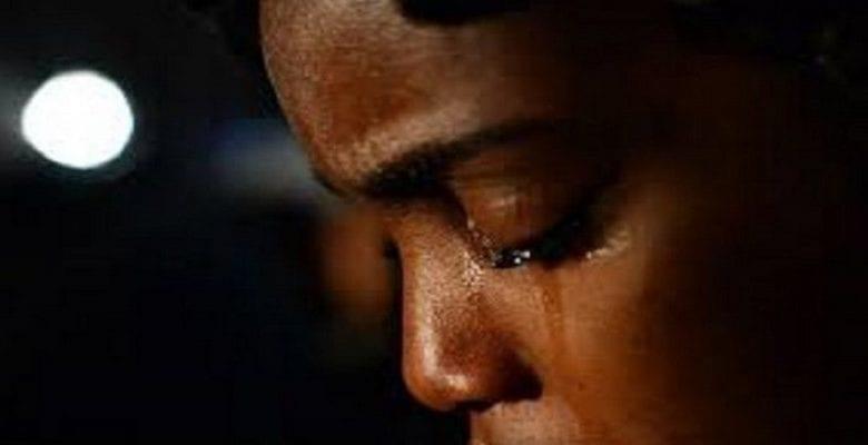 femme-fille-africaine-pleure-violence-conjugal