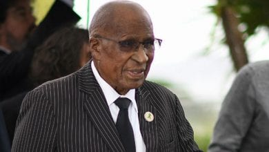 Photo de Afrique du Sud : Andrew Mlangeni, allié de Mandela dans la lutte anti-apartheid, est mort