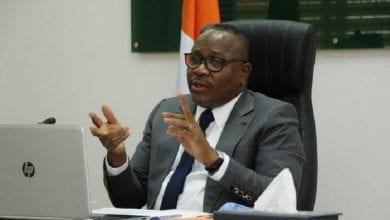 Photo de Réduction des bureaux de vote : la CEI contredit officiellement Ouattara