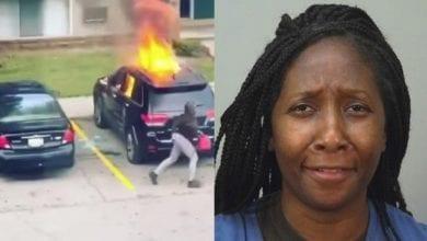 Photo de Vidéo: en colère, une femme met le feu à la voiture de son petit ami infidèle