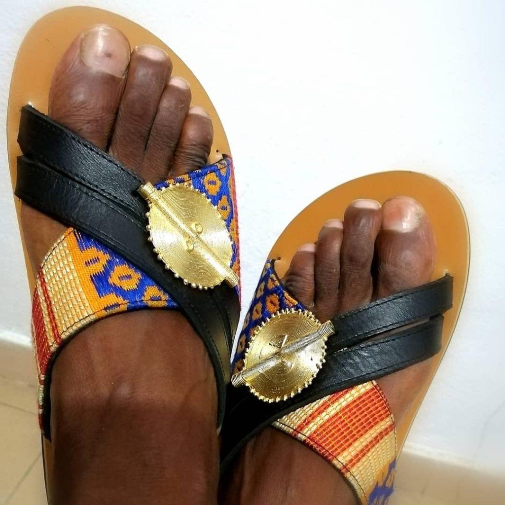 Mode : découvrez Anicet TANO le propriétaire de la marque « Sandales Ethniques »