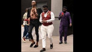 Photo de People : l'apparence physique du chanteur Locko fait le buzz