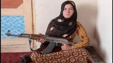 Photo de Afghanistan : une adolescente abat deux talibans qui avaient assassiné ses parents