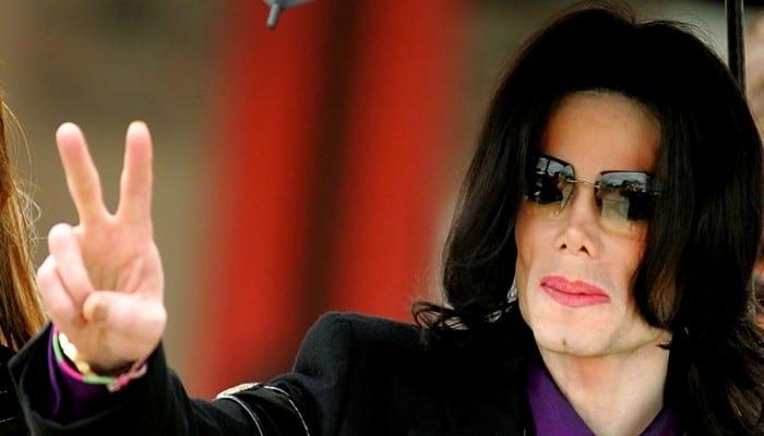 Une-exposition-Michael-Jackson-en-2018-au-Grand-Palais-a-Paris