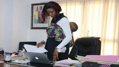 Photo de Guinée : cette image de la cheffe de cabinet du ministère des sports en dit beaucoup sur elle !