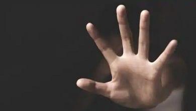 Photo de Iran: un homme condamné à 9 ans de prison pour avoir décapité sa fille