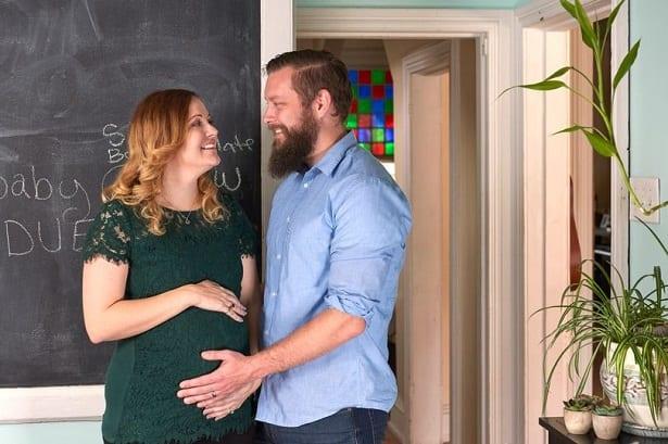 Née sans utérus, elle donne naissance à un petit garçon