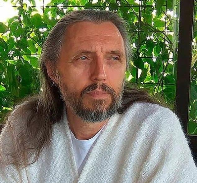 Un chef de secte russe qui dit être la réincarnation de Jésus arrêté : Photos