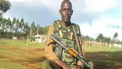 Photo de Kenya : un policier s'effondre et meurt après avoir giflé un inconnu