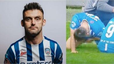 Photo de L'attaquant de Coleraine, Eoin Bradley sanctionné pour avoir uriné sur le terrain