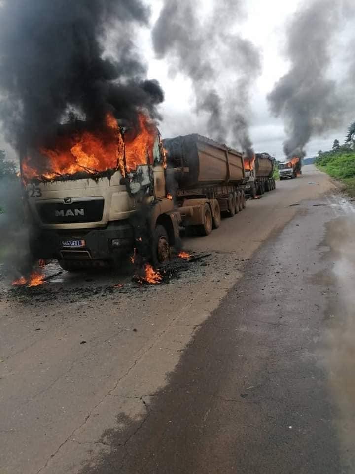 Côte d'Ivoire : les manifestations contre le 3è mandat d'Alassane ont repris ce lundi, plusieurs véhicules incendiés- Photos