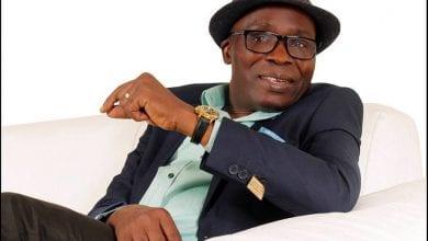 Photo de Gohou Michel sacré meilleur humoriste africain 2020
